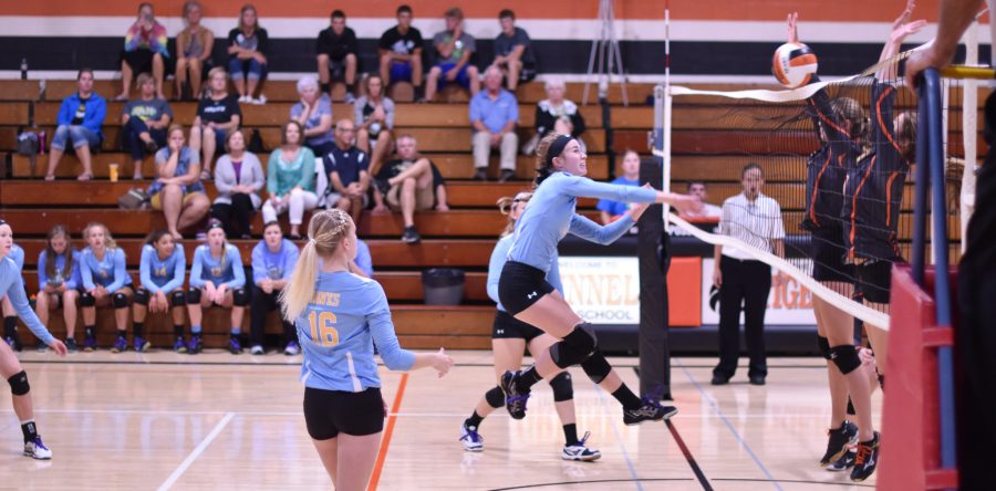 Tough tourney at Grinnell gives L-S volleyball 1-4 start