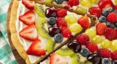 Cathryn's Kitchen – Fruit Pizza
